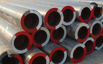 "ASTM A335 P11 seamless pipes, 12"" x 45 mm, for high-pressure steam line"