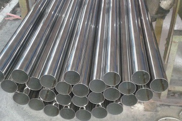 "ASTM B464 Alloy 20 welded pipes, 3"" SCH40, polished finish."