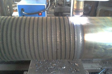 weld overlay hardfacing for a drilling pipe